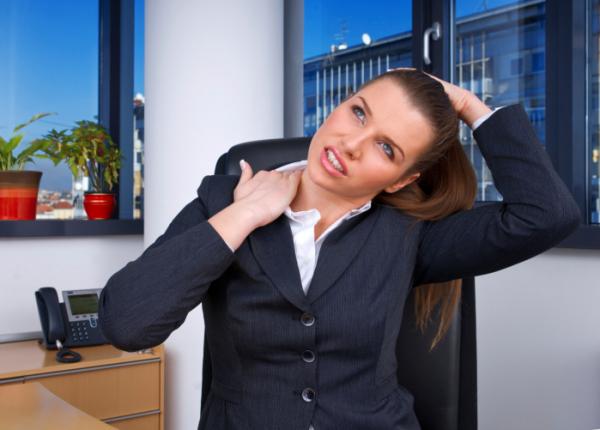 Új lézeres terápia a krónikus nyakfájás enyhítésére