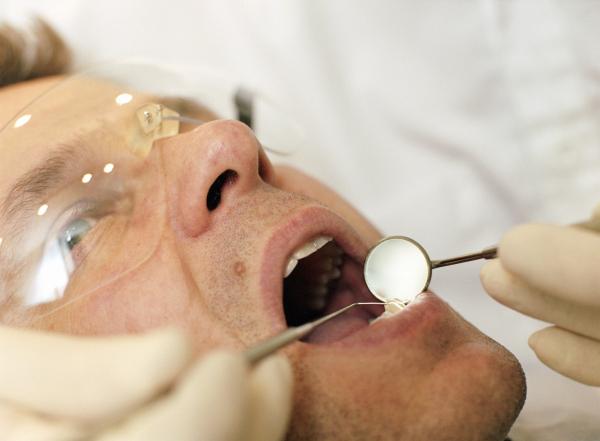 A gondos és helyes szájápolás