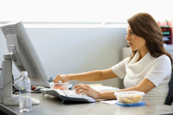 Miért káros az egész napos ülés?