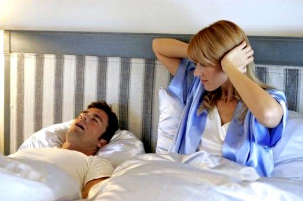 Miért horkolnak a férfiak?