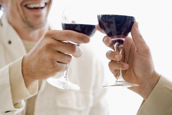 Napi egy pohár bor erősíti a csontokat