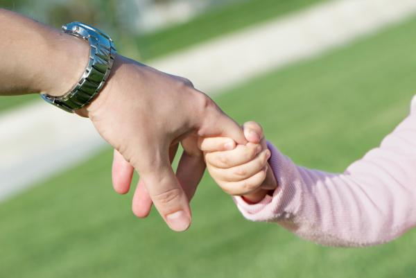Veled leszünk egy család! - Az örökbefogadás lelki háttere