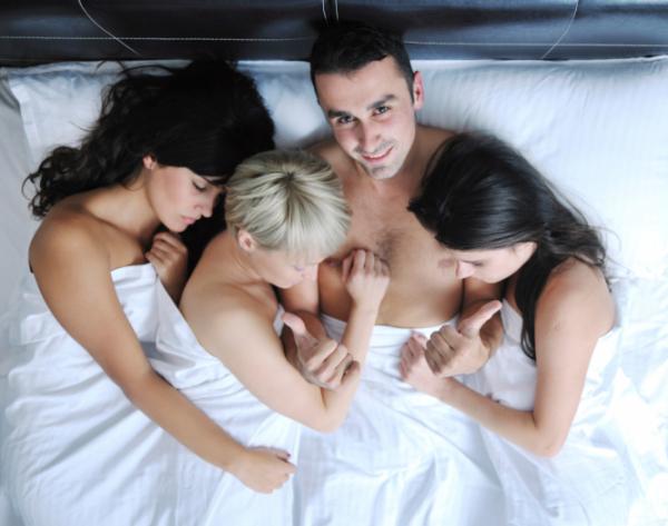 Forró szex fiatal nők