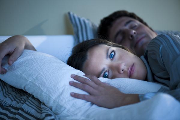 Alvás nyitott szemmel