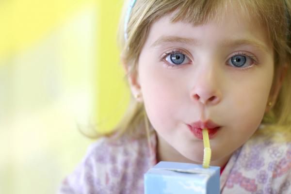 Mit igyon a gyermek a hőségben?