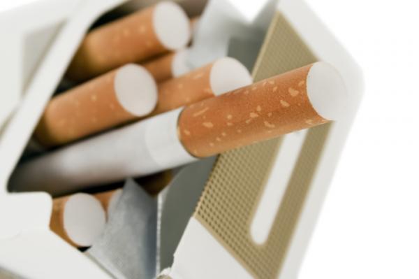 Beszélő cigarettás doboz segíthet a leszokásban