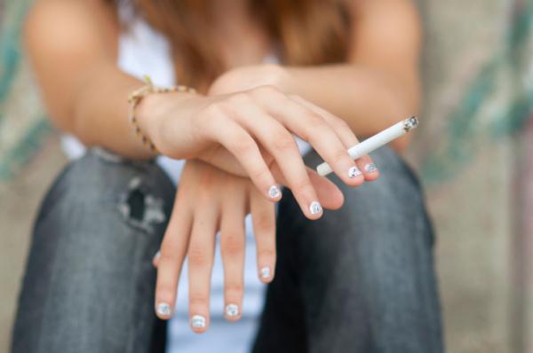 A cigis dobozok ijesztő képei hatástalanok a fiatalokra