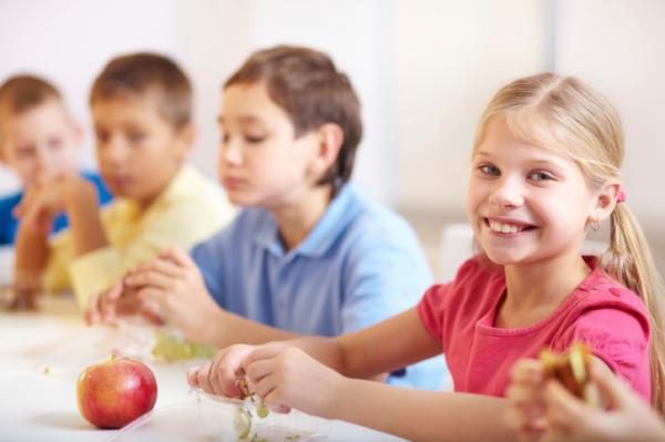 Mit egyen a gyerek az iskolában?