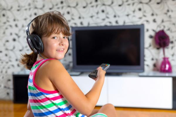 Száműznék a gyerekek szobájából a tévét és az internete