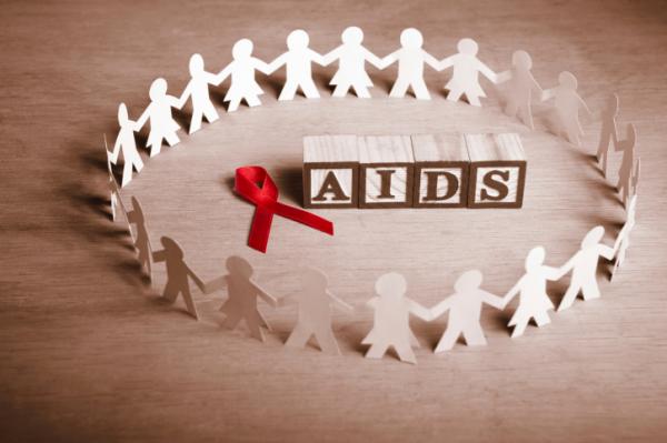 Elérhető közelségben az  AIDS-mentes generáció