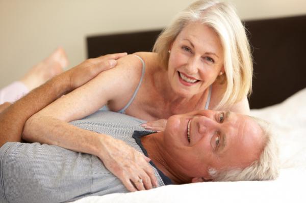 Nyugdíjasok az ágyban – Vajon szexelnek az öregek?