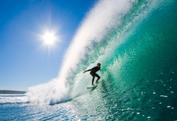Óriáshullámmal gyógyította meg szembetegségét egy szörfös