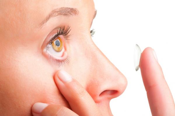 Jól kezeled a kontaktlencsédet? A 11 legfontosabb szabály!