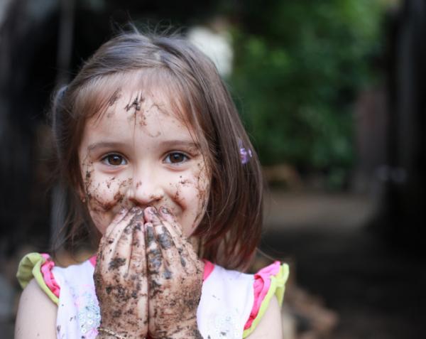Legyen néha piszkos is a gyerek! - Tanácsok fertőzés ellen