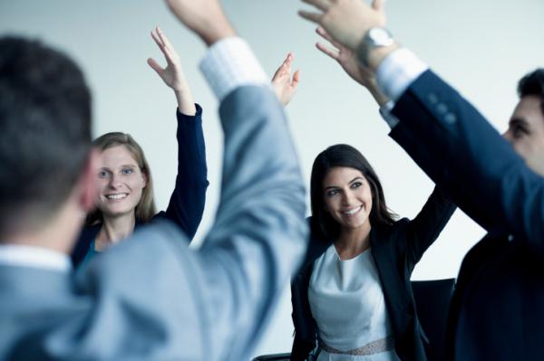 Száműzik a stresszt a magyar munkahelyekről