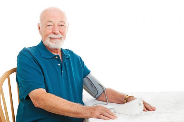 Mi az ideális vérnyomás az időseknél?