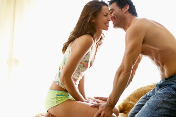 Alapvető szex pozitúrák - Miért szeretjük őket?
