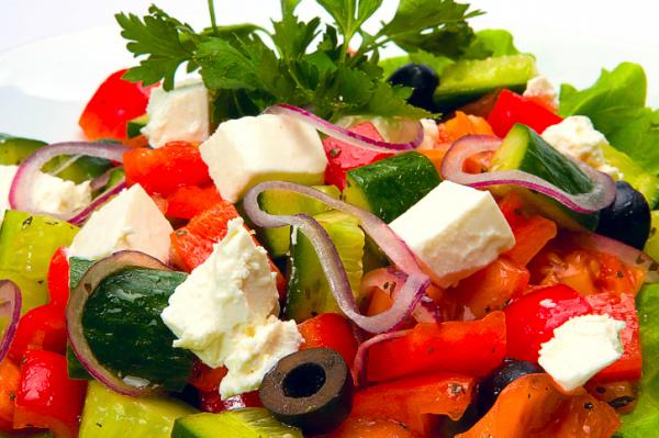 Görög saláta kis csavarral - Egészségséfünk receptje