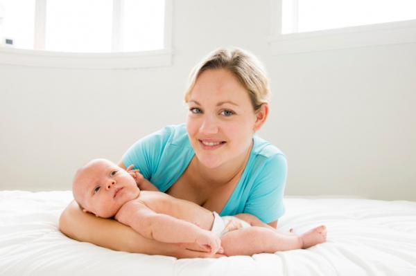 Amerika csak most vezetné be a fizetett szülési szabadságot
