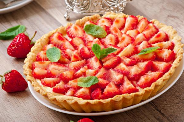 Könnyű gyümölcstorta – Egészségséfünk receptje