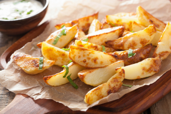 Fűszeres krumpli mártogatóssal - Egészségséfünk receptje