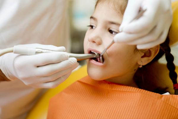 A kisgyerekek többségének nem egészségesek a fogai