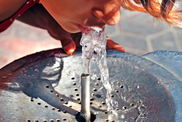 Csapvíz vagy ásványvíz - Melyiket igyuk?