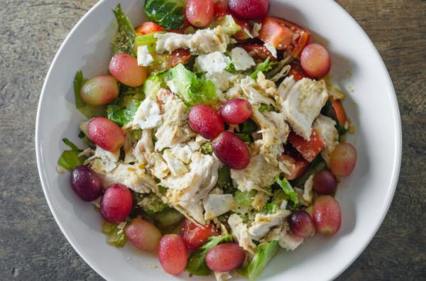 Rokfortos-szőlős zöldsaláta - Egészségséf