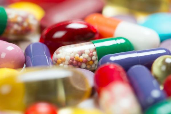 Több, mint 300 gyógyszer olcsóbb mától