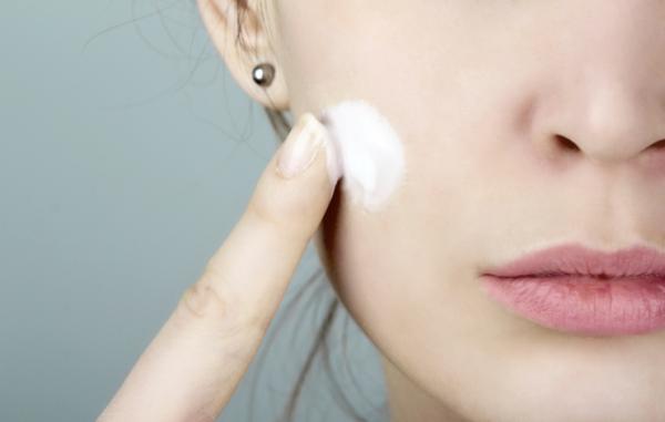 Mellrákot, meddőséget okoznak a kozmetikumok