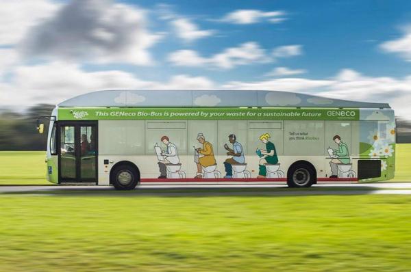 Kakihajtású busszal lehet kijutni a reptérre