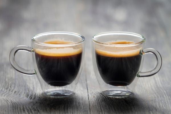 Napi három kávé távol tartja a kilókat és a diabéteszt