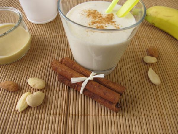 Fahéjas, meleg banánturmix - Egészségséf