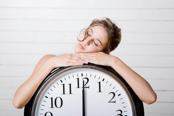 A túl sok alvás sem jó! Ilyen bajokat okozhat