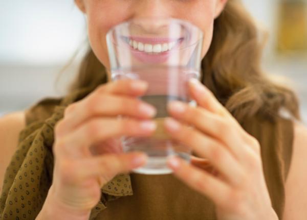 Igyunk egy pohárral vesénk egészségére!