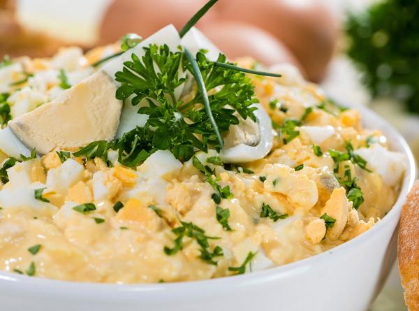 Medvehagymás tojássaláta - Egészségséfünk receptje