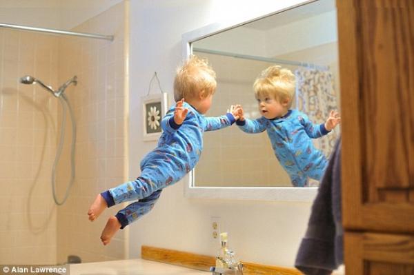 Wil, a repülő kisfiú - Cuki képek