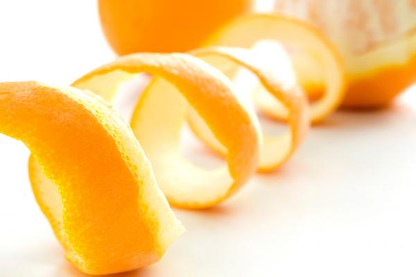 Készíts étrendkiegészítőt citrom- és narancshéjból!