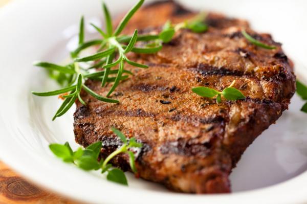 Sörben pácolt grill karaj - Egészségséf
